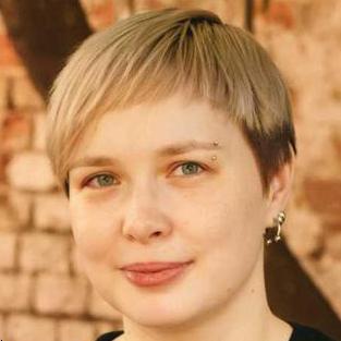 Арина Пономарева